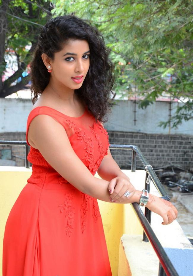 Actress Pavani Stills 1507105263Actress_Pavani_Stills013