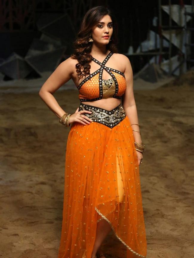 Actress Surabhi Stills 1513582294Actress_Surabhi_Stills018