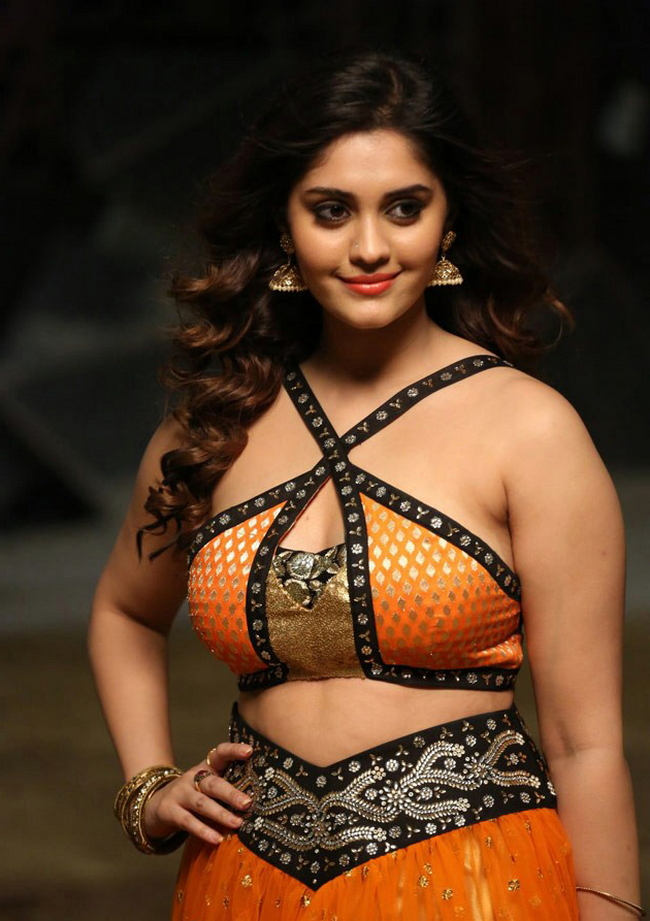 Actress Surabhi Stills 1513582304Actress_Surabhi_Stills021