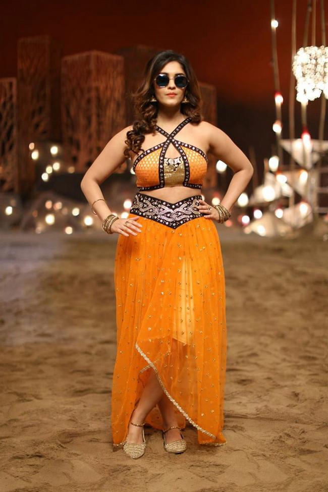 Actress Surabhi Stills 1513582304Actress_Surabhi_Stills027