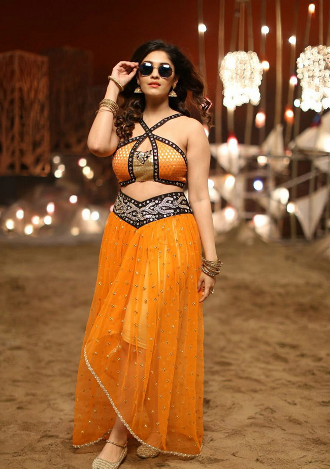 Actress Surabhi Stills 1513582304Actress_Surabhi_Stills028