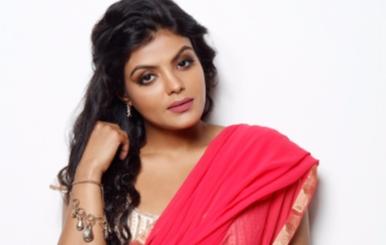 Actress Tejashree New Photo Shoot Stills