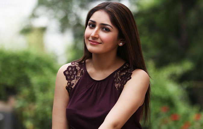 Actress Sayesha Saigal Stills