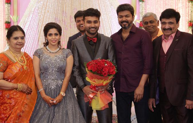 Actor Ramesh Kanna Son Wedding Reception Stills