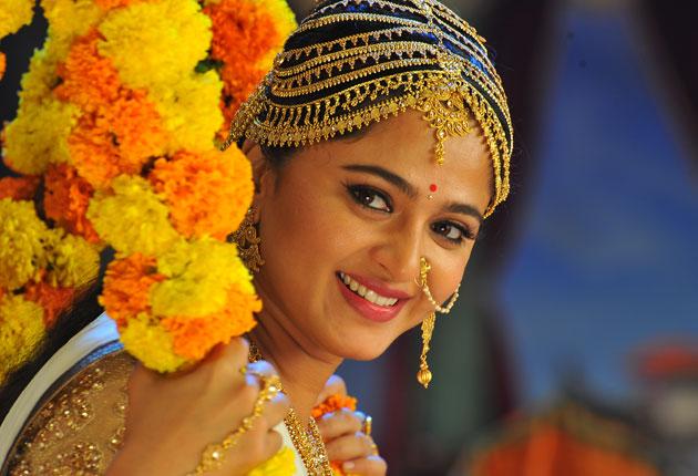 மீண்டும் ராணி வேடத்தில் அனுஷ்கா!