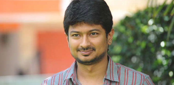 10 நடிகர்களை தாண்டி 'நிமிர்' நாயகனான உதயநிதி!