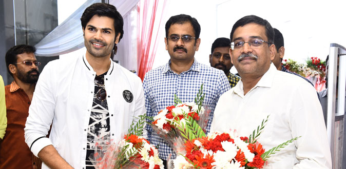 Ganesh Venkatraman launched Max fashion in Chrompet, Chennai