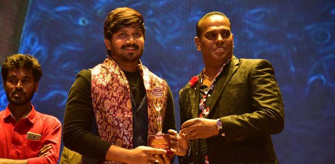 மண்ணின் மைந்தன் விருது பெற்ற நடிகர் அபி சரவணன்!