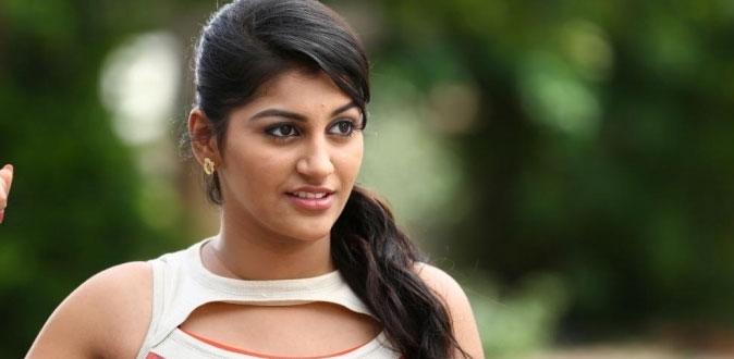 'பிக் பாஸ் 2' - வில் முரட்டு குத்து நடிகை!