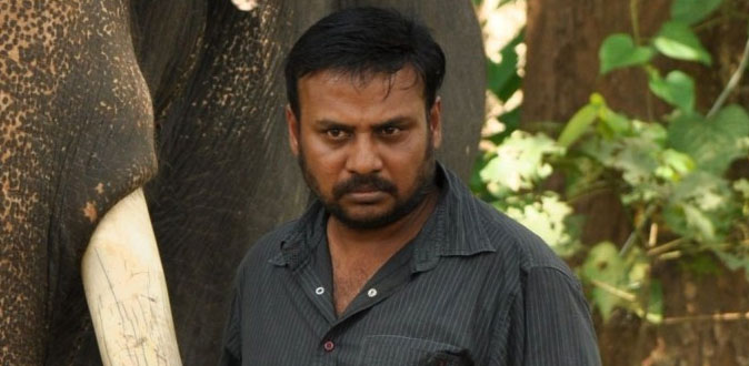 பாகுபலி நடிகரை இயக்க ரெடியாகும் பிரபு சாலமன்!