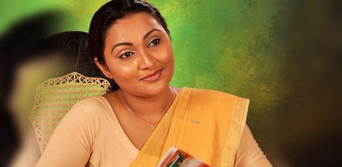 தேர்தல் சீட் கேட்ட நடிகை - நிர்வாணமாக நிற்க சொன்ன தலைவர்!
