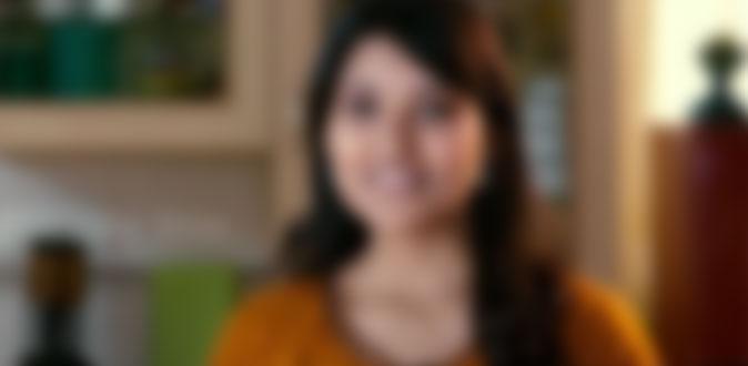 நடிகை உடை மாற்றுவதை செல்போனில் படம் பிடித்த வாலிபர் - கோலிவிட்டில் பரபரப்பு