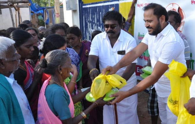 Public Star Durai Sudhakar distribute Cyclone Gaja Relief Material Stills
