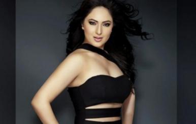 Actress Nikesha Patel Stills