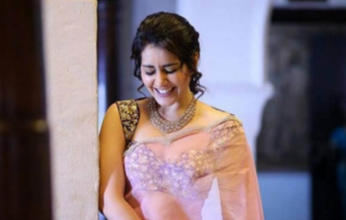 Actress Raashi Khanna Stills