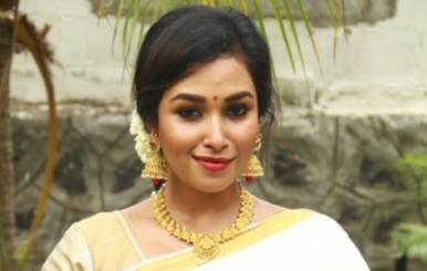 Actress Swathi Priya Stills