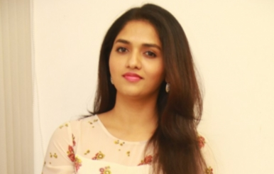 Actress Sunaina Stills