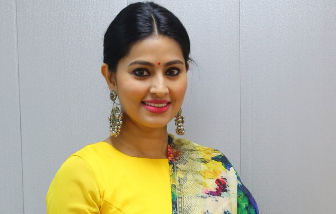 Actress Sneha Latest Photos