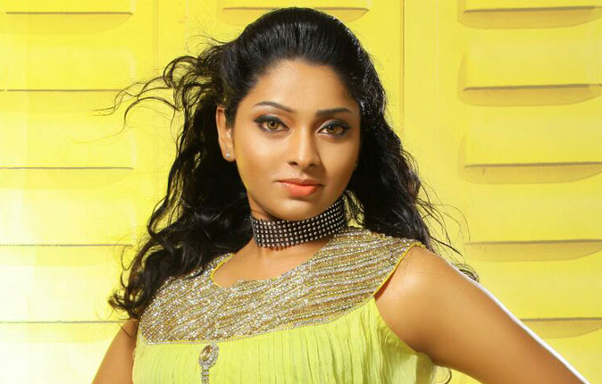 Actress Sunu Lakshmi Stills