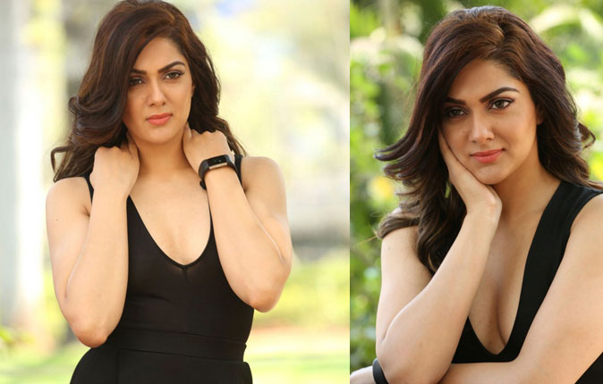 Actress Sakshi Chowdary Stills