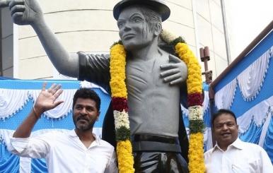 Prabhu Deva Unveil Michael Jackson Statue Stills