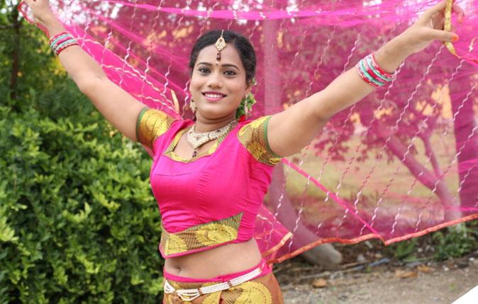 Aal Illatha Urla Annanthan MLA Movie Stills